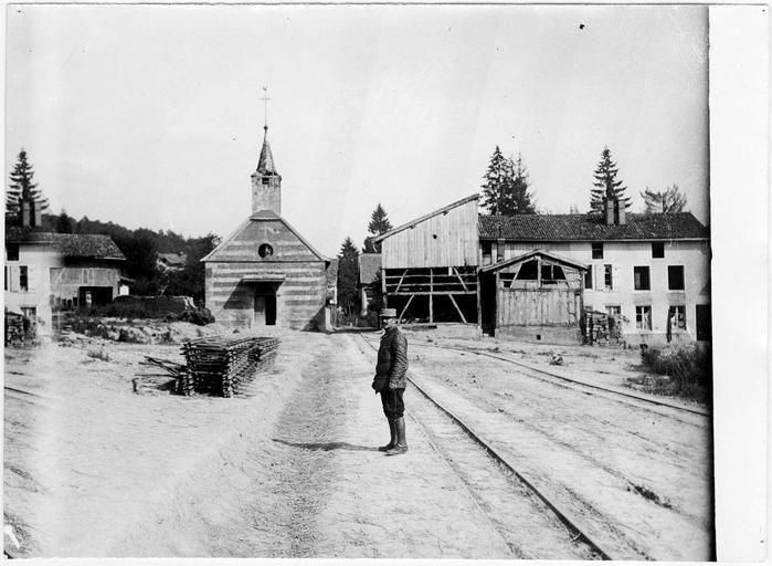 La Harazée : entrée du village - 1915.07.18 ©Ministère de la Culture (France)
